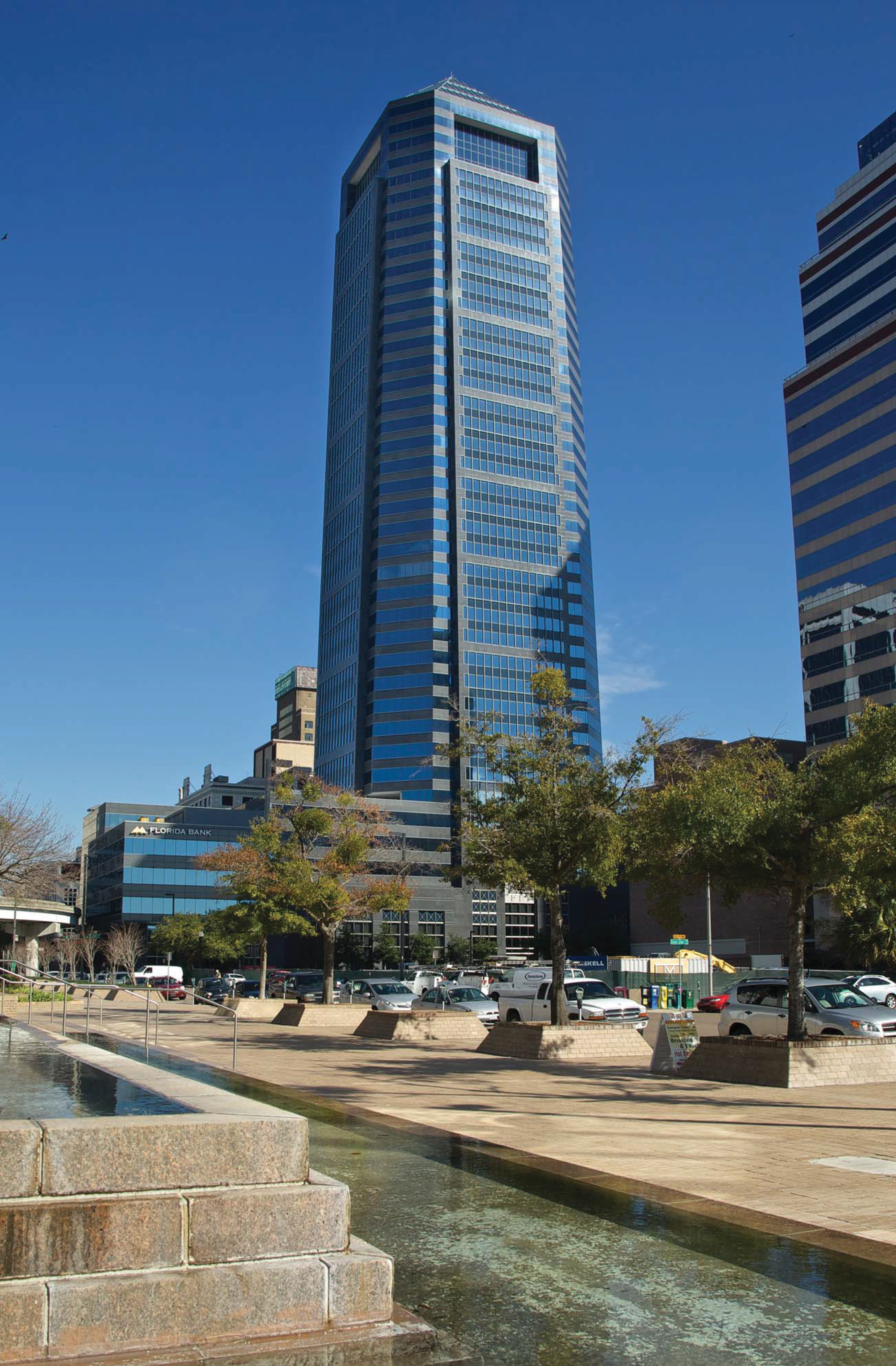 Parmenter Realty Partners Sells Bank of America Tower in Jacksonville, Florida. (Photo: Business Wire)