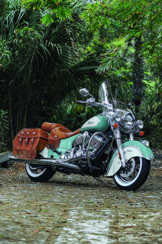 The 2015 Indian Chief Vintage is available in 3 new two-tone paint schemes including Willow Green and Ivory Cream (Photo: Indian Motorcycle)