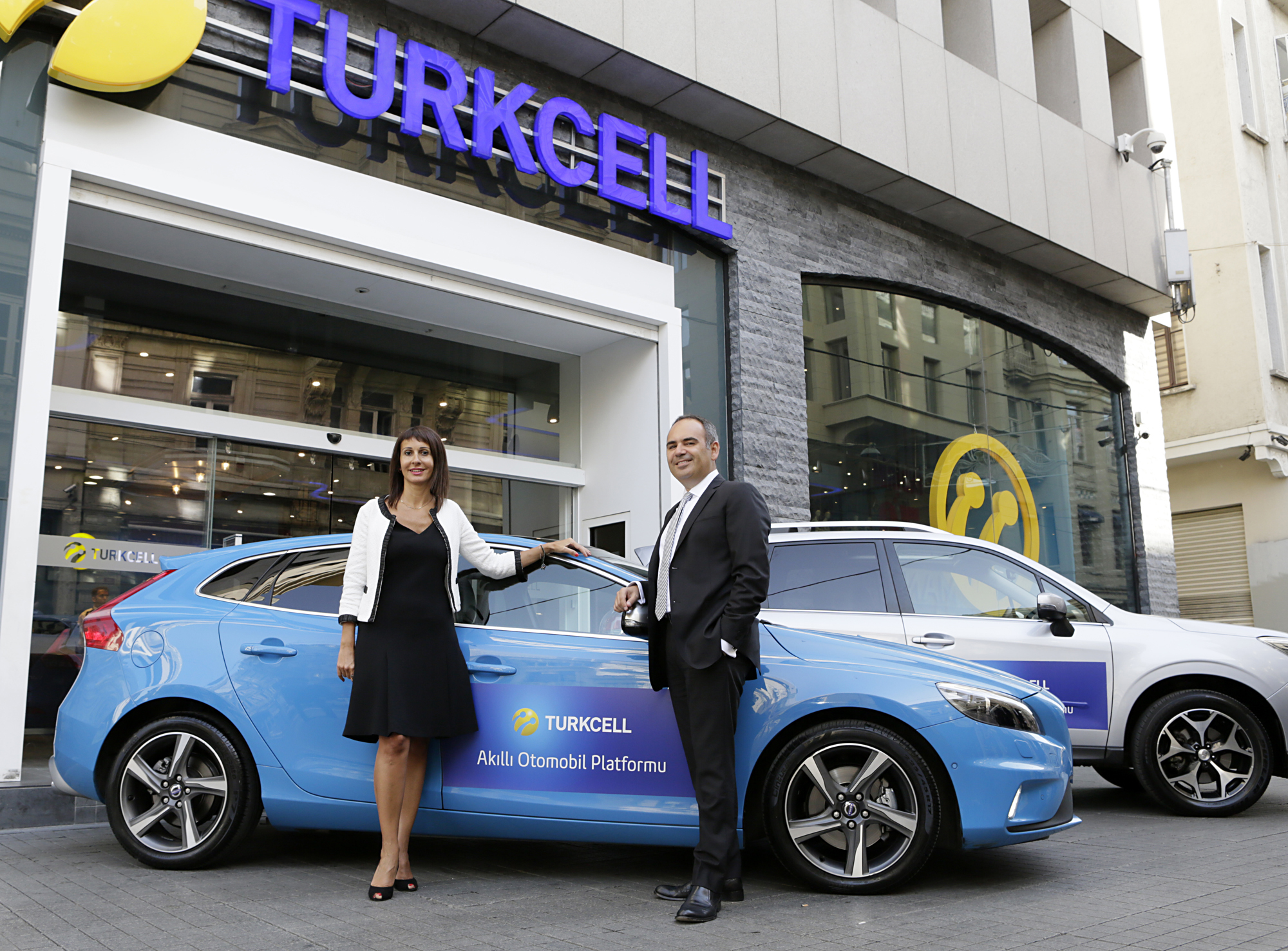 """""""Turkcell's Chief Corporate Business Officer Selen Kocabas and Chief Corporate Marketing Officer Yigit Kulabas introduced Turkcell's Connected Car Platform with a press conference at Turkcell Headquarters in Istanbul."""" (Photo: Business Wire)"""
