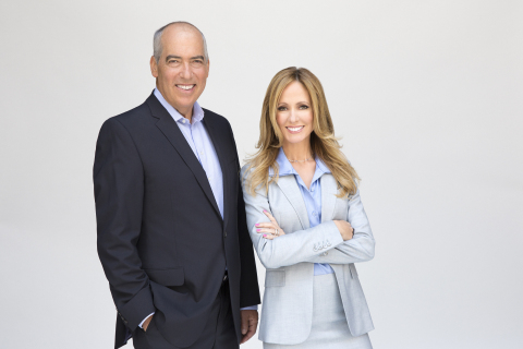 Gary Newman and Dana Walden Chairmen and CEOs of Fox Television Group (Photo: Business Wire)