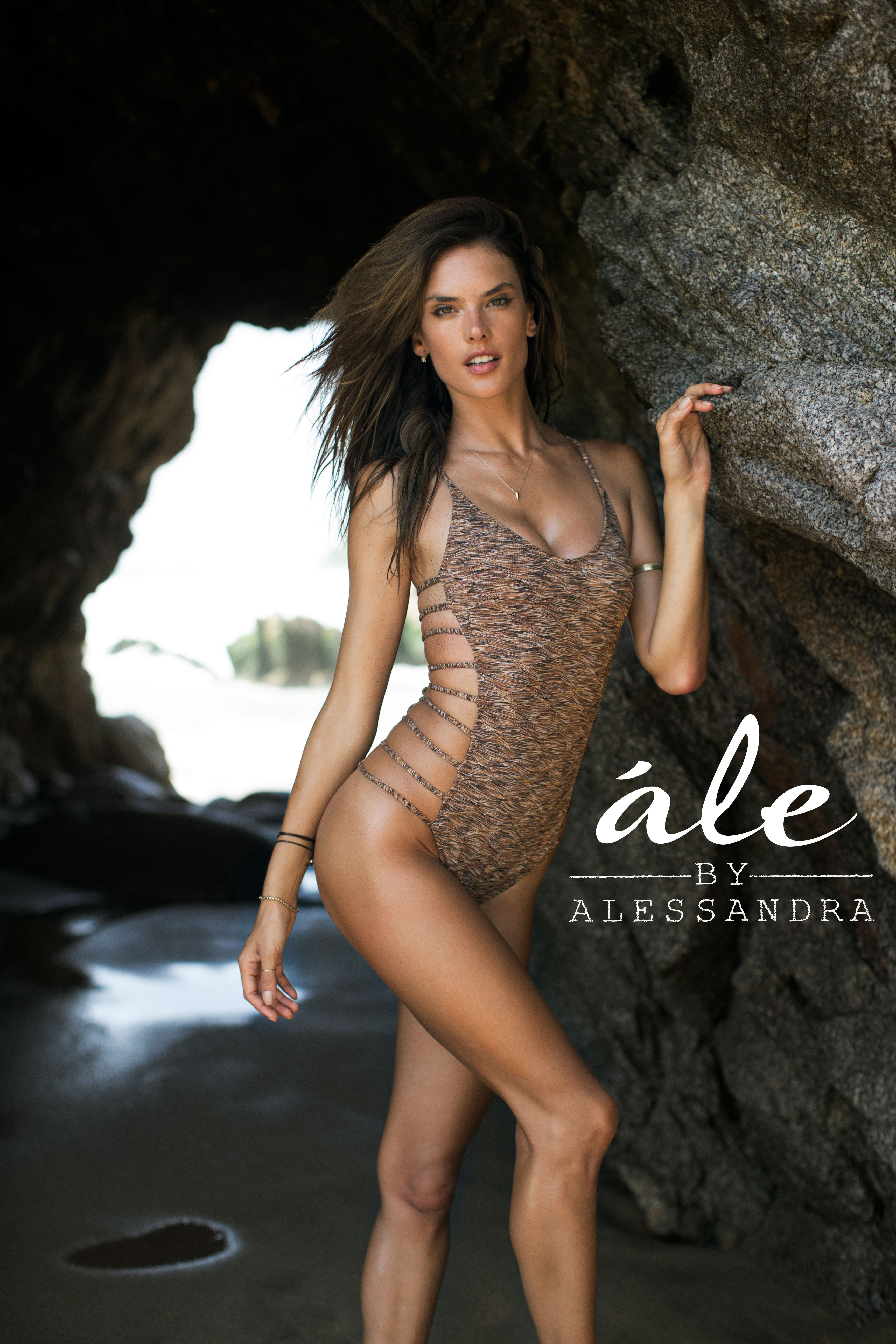 Cherokee global brands announces the debut of le by alessandra for le by alessandra and silver sunrise llc andrea sobel 818 570 1260 asobelsilversunrisellc or for alessandra ambrosio brown talent pr thecheapjerseys Image collections