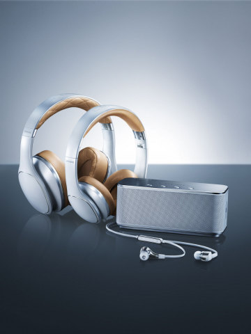 Samsung Mobile Announces U.S. Availability of Level - Premium Mobile Audio Portfolio (Photo: Business Wire)