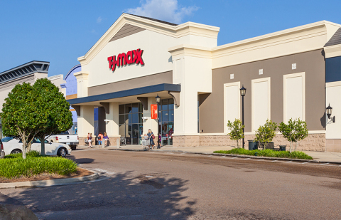Dogwood Festival Shopping Center in Flowood, Mississippi (Photo: Business Wire)