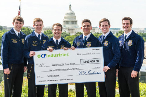National FFA officers accept CF Industries' $600,000 donation to support excellence in farmer educat ...