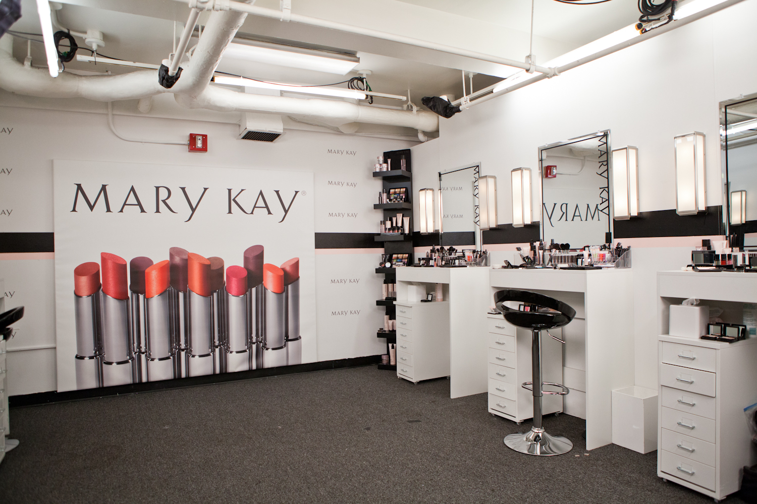 "The Mary Kay Color Design Studio is ready for season 13 of Lifetime's Emmy(R)-nominated hit series ""Project Runway."" (Photo: Business Wire)"