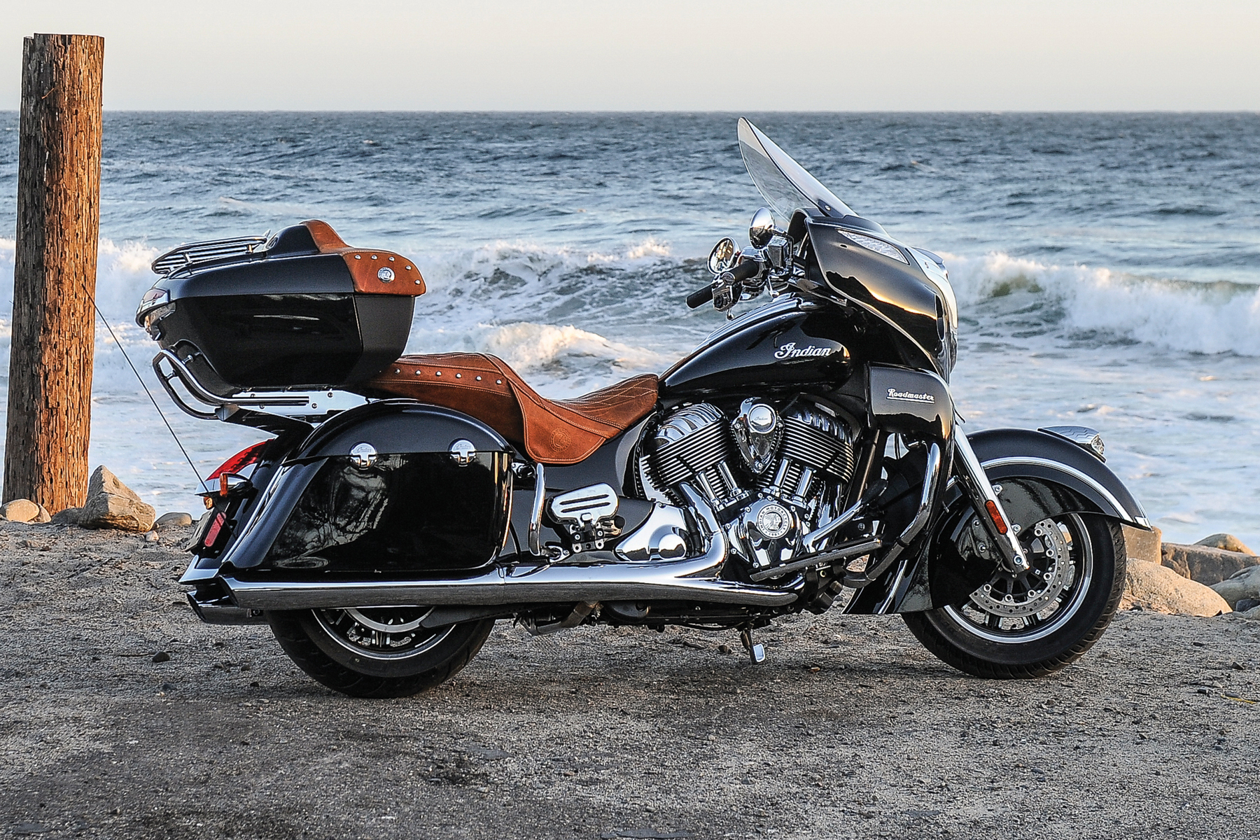 Indian Motorcycles 2015 >> Indian Motorcycle Redefines Luxury Touring With The 2015 Indian