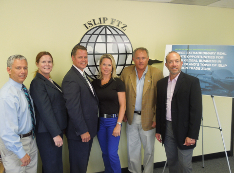 Councilman Steve Flotteron, Town of Islip Clerk Olga Murray, Town of Islip Foreign Trade Zone Director Brad Hemingway, Councilwoman Trish Bergin Weichbrodt, Councilman John C. Cochrane, Jr., Mitchell Rechler, Rechler Equity Partners (Photo: Business Wire)