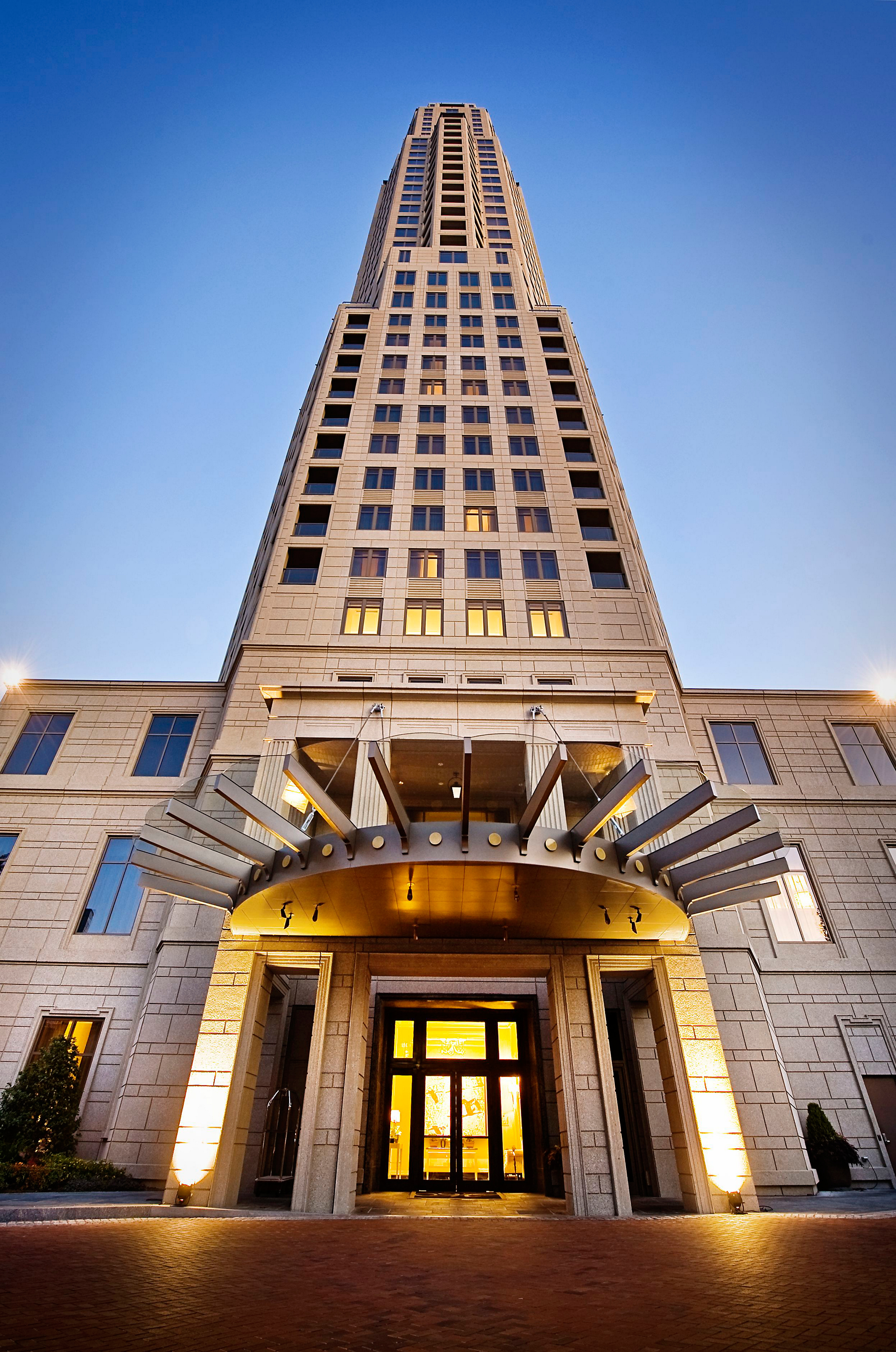 HGTV has chosen the vibrant city of Atlanta as home of the HGTV(R) Urban Oasis 2014. (PHOTO: The Residences at Mandarin Oriental, Atlanta)