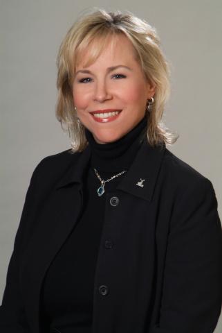 Stephanie Bush (Photo: Business Wire)