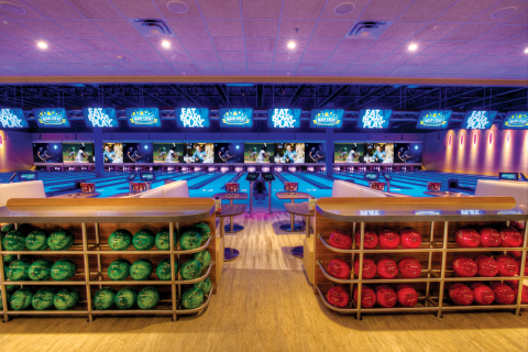 """Main Event Entertainment's unique """"Eat.Bowl.Play."""" experience features state-of-the-art bowling; multi-level laser tag; a gravity ropes adventure course; more than 100 interactive, virtual and video games; regulation size billiard tables; full-service bars; quality dining experiences and free Wi-Fi access. (Photo: David Schacher)"""