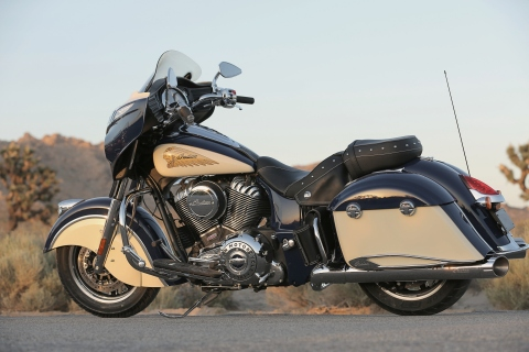 Indian Chieftain in the beautiful, new two-tone paint offerings for 2015. (Photo: Polaris Industries)
