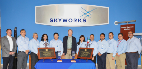 Chairman and CEO David J. Aldrich congratulates Mexicali employees. (Photo: Business Wire)