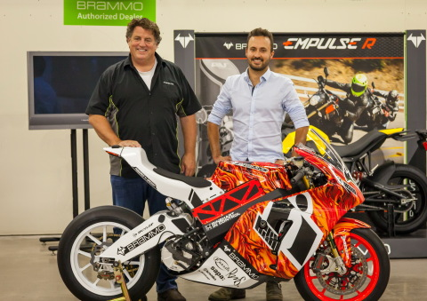Craig Bramscher CEO and founder of Brammo Inc. and Harlan Flagg CEO and founder of Hollywood Electrics with Brammo Empulse RR (Photo: Business Wire)