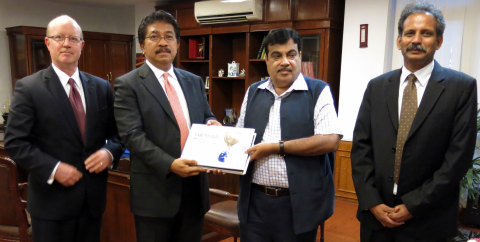 India's Minister of Shipping Receives the India Trade Efficiency Assessment from GCEL Asia's Chairma ...