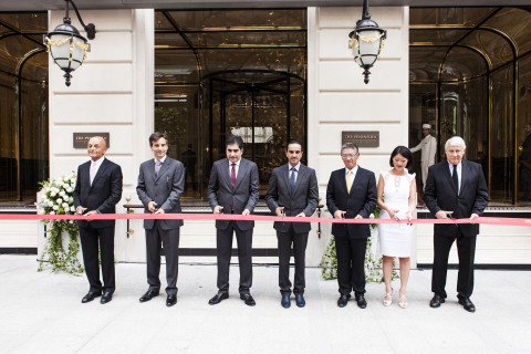 (From left to right) Peter Borer, Chief Operating Officer, The Hongkong and Shanghai Hotels, Limited; Nicolas Béliard, General Manager, The Peninsula Paris ; Hamad Abdulla Al Mulla, CEO & Board Member, Katara Hospitality; HE Sheikh Nawaf bin Jassim bin Jabor al-Thani, Chairman of the Board of Directors, Katara Hospitality; Clement Kwok, CEO, The Hongkong and Shanghai Hotels, Limited; Fleur Pellerin, Secretary of State for Foreign Trade, the Promotion of Tourism and French Nationals Abroad ; Claude Goasguen, Mayor of the 16th arrondissement; cut the ribbon for the inauguration of The Peninsula Paris (Photo: Business Wire)