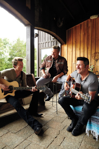 Rascal Flatts on porch singing (Photo: Business Wire)