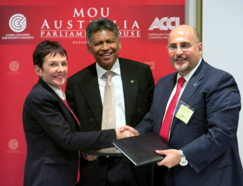 From the right: Captain Salloum, Dr. Pitsuwan, Ms. Carnell during the MOU Exchange at the Australia Parliament House. (Photo: Business Wire)