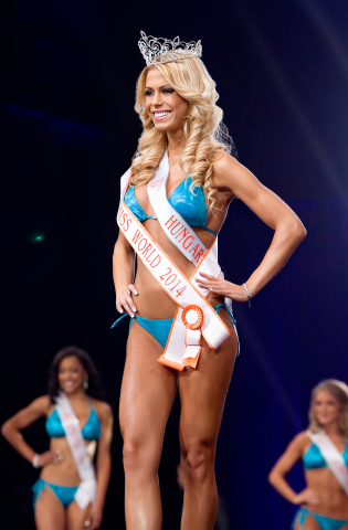 Nikolett Szollath from the Hooters of Budapest, Hungary, named Miss Hooters World 2014. (Photo: Business Wire)