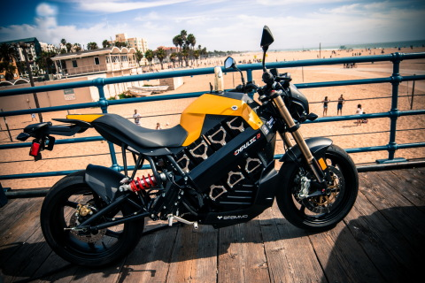 Brammo Empulse R 6 speed, all electric motorcycle. (Photo: Business Wire)