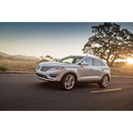 The all-new 2015 Lincoln MKC (Photo: Business Wire)