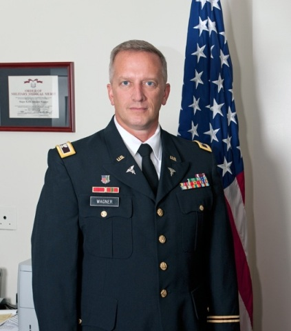 Col. Keith Wagner, 2014 Next-Generation Pharmacist Award Winner (Photo: Business Wire)
