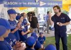 """Head & Shoulders """"Mane Man"""" and Toronto Blue Jays pitcher R.A. Dickey team up with kids from the Blue Jays Baseball Academy Rookie League to support the """"Season of the #Whiff"""" on Thursday, August 28 at The EX! in Toronto. For every """"whiff"""" (strikeout) during the 2014 regular MLB season, Head & Shoulders will make a $1 donation to Reviving Baseball in Inner Cities. To support the Jays Care Foundation fans can tweet #whiff + @BlueJays. (Photo: Business Wire)"""
