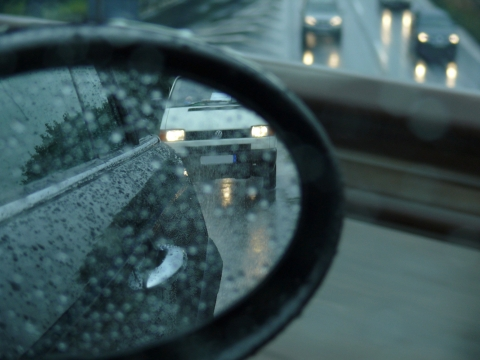 Increasingly heavy rainfalls require not only drivers's skills and a reduced speed, but also good ty ...