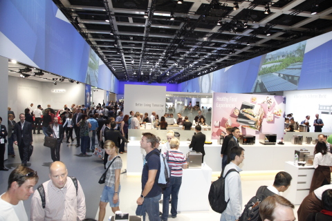 Panasonic Booth at IFA2014 (Photo: Business Wire)