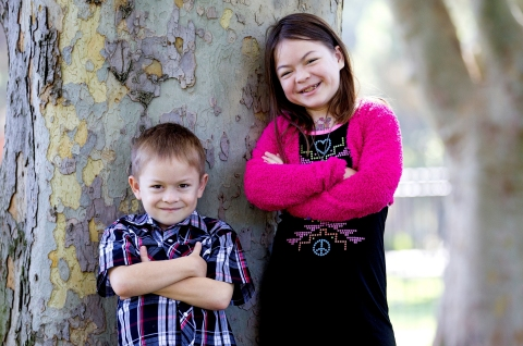 """Siblings Dominic and Julia Faisca had a rare kidney disease that stunted their growth. Thanks to top-ranked transplant teams at Lucile Packard Children's Hospital Stanford, the kids are now back home in Hawaii and """"growing like weeds,"""" according to their doctor. (Photo: Business Wire)"""