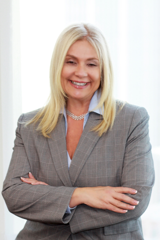 Lisa Detanna, Managing Director, Senior Vice President, Investments, the Global Wealth Solutions Group of Raymond James (Photo: Business Wire)