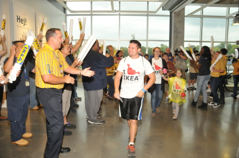 IKEA, the world's leading home furnishings retailer, today opened the doors of its first Kansas City area store at 9 a.m. CDT in Merriam, Kansas as hundreds of customers celebrated, including first in line, Robert Garcia, who was greeted by store manager Rob Parsons. (Photo: Business Wire)