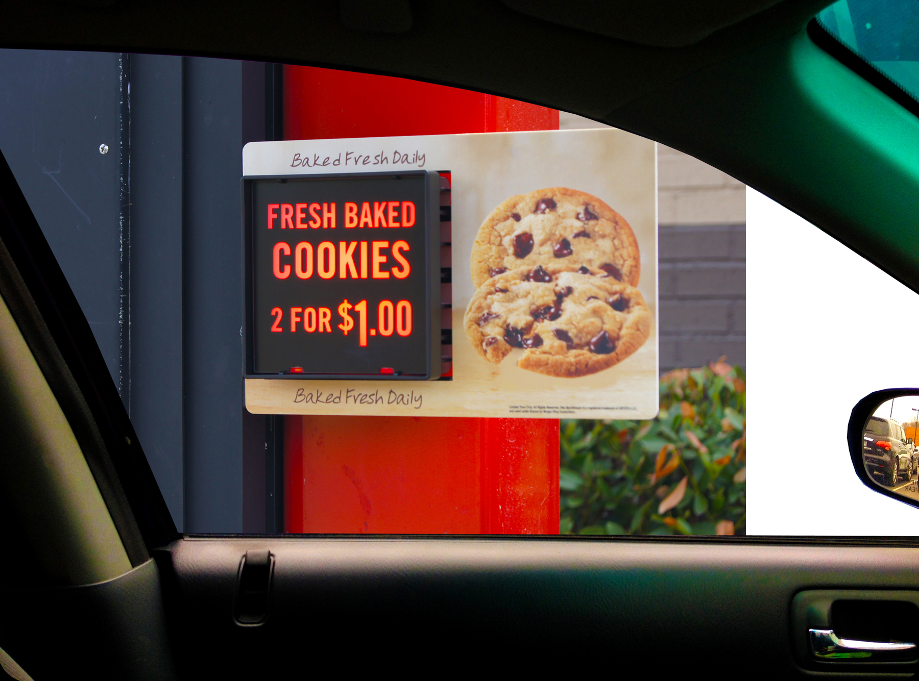 Unique for the QSR industry, the FlashRight Suggestive Sell Displays provide a dynamic, high-impact message that significantly increases impulse purchases by customers in the drive-thru. (Photo: Business Wire)
