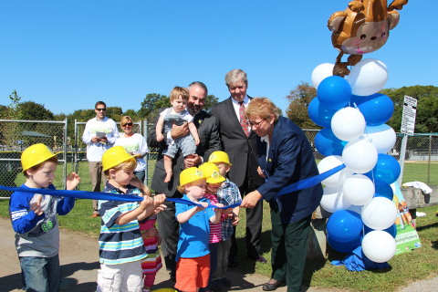 City of Waltham Mayor Jeannette McCarthy, Sallie Mae Chairman and CEO Raymond Quinlan, United Way Ch