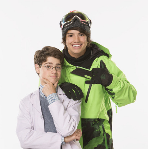A SNOWBOARD PRO GETS A BRAND NEW BRO IN NICKELODEON'S NEW LIVE-ACTION BUDDY-COMEDY, MAX & SHRED, PRE