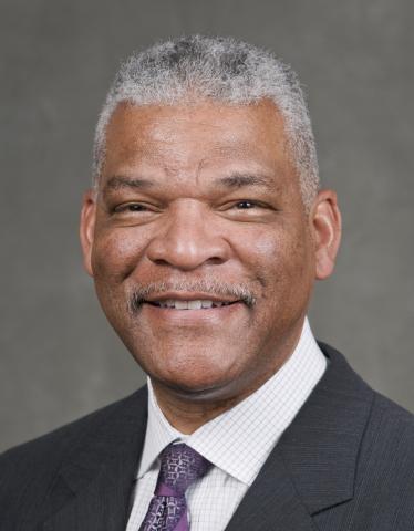 Julius Robinson (Photo: Business Wire)
