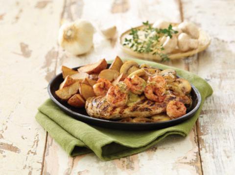 Applebee's Sizzling Bourbon St. Chicken & Shrimp (Photo: Business Wire)