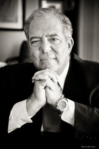 New sPower board member Bob Foster (Photo: Business Wire)