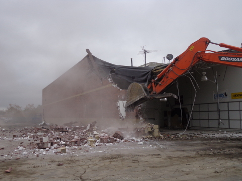 IKEA, the world's leading home furnishings retailer, today began significant demolition of a 30,145-square-foot building adjacent to its Detroit-area store in Canton, MI. (Photo: Business Wire)