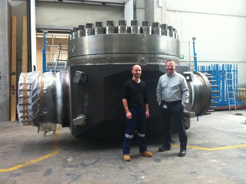 Wojciech Zmudzinski, Chief Pipeline Engineer for McDermott (right) with an INPEX Ichthys Project rep