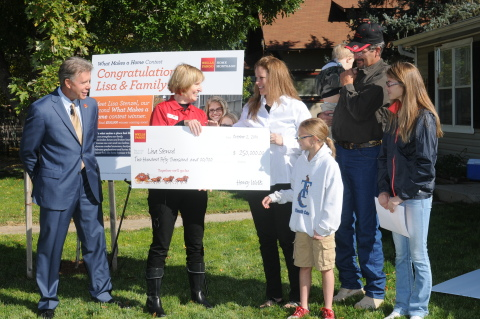 Wells Fargo congratulates Lisa Stenzel and her family on being the second $250,000 winner in the Wells Fargo What Makes a Home contest. (Photo: Business Wire)