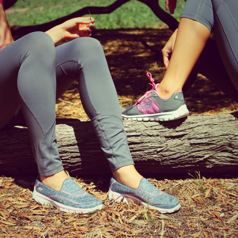 Skechers Performance Division Supports American Cancer Society with Breast Cancer