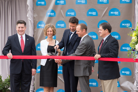 Mars Drinks, makers of workplace designed drinks and brewing machines, celebrated the completion of its global headquarters. Participating in the event, from left, are: Pennsylvania Lieutenant Governor Jim Cawley; Chairman of the Board for Mars, Incorporated, Victoria Mars; Global President of Mars Drinks, Xavier Unkovic; Supply Director of Mars Drinks North America, Erwan De Saint Mars; and U.S. Congressman Jim Gerlach. Mars Drinks invested over $29 million to renovate its global business campus that now includes coffee roasting capabilities, to complement its coffee grinding and packaging operations. Mars Drinks, a division of Mars, Incorporated, provides more than a billion drinks to businesses each year through its FLAVIA® brewing machines, ALTERRA® Coffee Roasters coffees, THE BRIGHT TEA COMPANY®, and DOVE® Hot Chocolate. (Photo: Carver Mostardi)