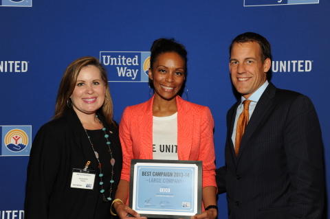 GEICO's LaDonna Bond (center) accepts United Way's Best Practice Award. Photo courtesy of United Way