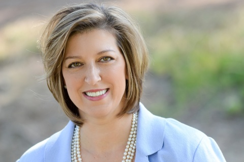 Carol Davey joins Springfield, Mo.-based JQH as a corporate director of revenue optimization. She will focus on the company's 36 Hilton branded properties, spanning Embassy Suites, Hampton, Hilton Hotels & Resorts and Homewood Suites, including the #1 Embassy Suites in the world in Loveland, Colo. Davey brings 17 years of expertise in revenue management and reservations to JQH, including with well-known brands Hilton, Starwood and Wyndham. (Photo: Business Wire)