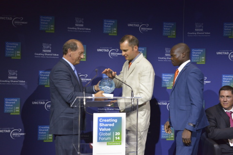 Nestlé 2014 CSV Prize award at the CSV Forum. (Photo: Business Wire)