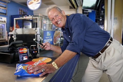 Major League Baseball Hall of Famer George Brett Makes First Apple Pay Transaction in Kauffman Stadi