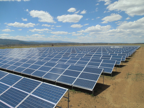 1.8 Megawatt, ground-mounted solar array for the Mora-San Miguel Electric Cooperative, installed by Standard Solar (Photo: Business Wire)