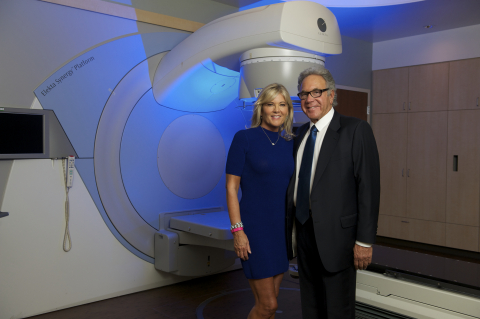 James & Eleanor Randall to support Huntington Memorial Hospital's nationally renowned breast center (Photo: Business Wire)