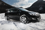 Drive and arrive safely with winter tyres or winter complete wheels. Photo: Rims from Dezent, Delticom AG, Hanover (Photo: Business Wire)
