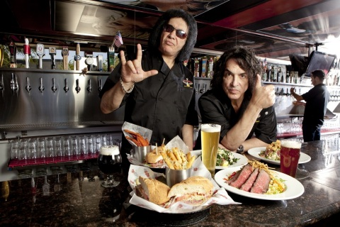 KISS front men Gene Simmons & Paul Stanley announce opening of second Rock & Brews restaurant in Los Cabos. (Photo: Business Wire)